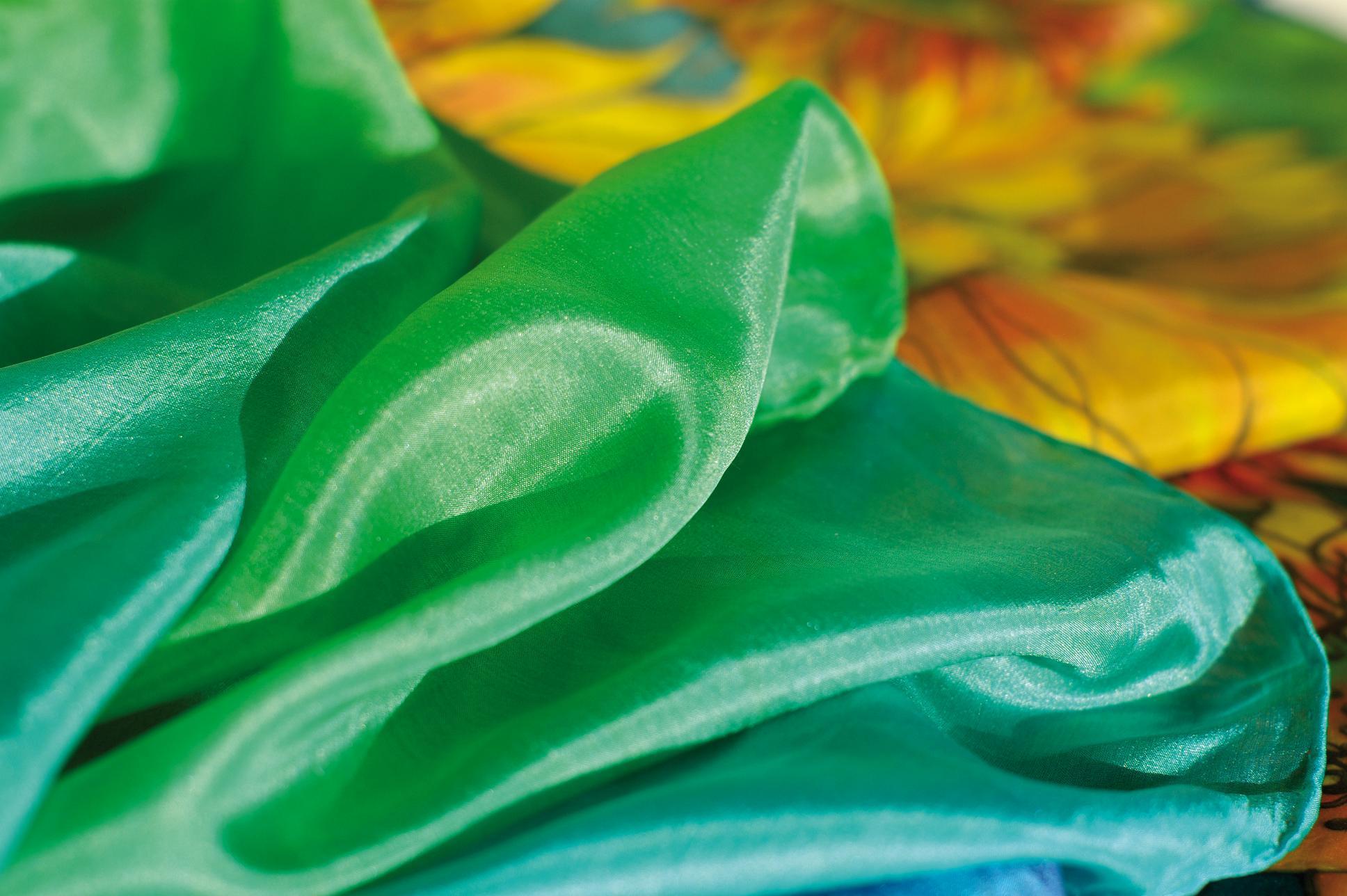 Barvy Na Textil A Hedvabi Hrst Cz